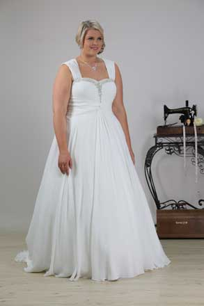 plus size bridal gown Angela with straps full length
