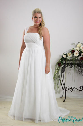 Plus Size Wedding dress The Annie only $499