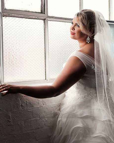 Bridal gown the Hollywood