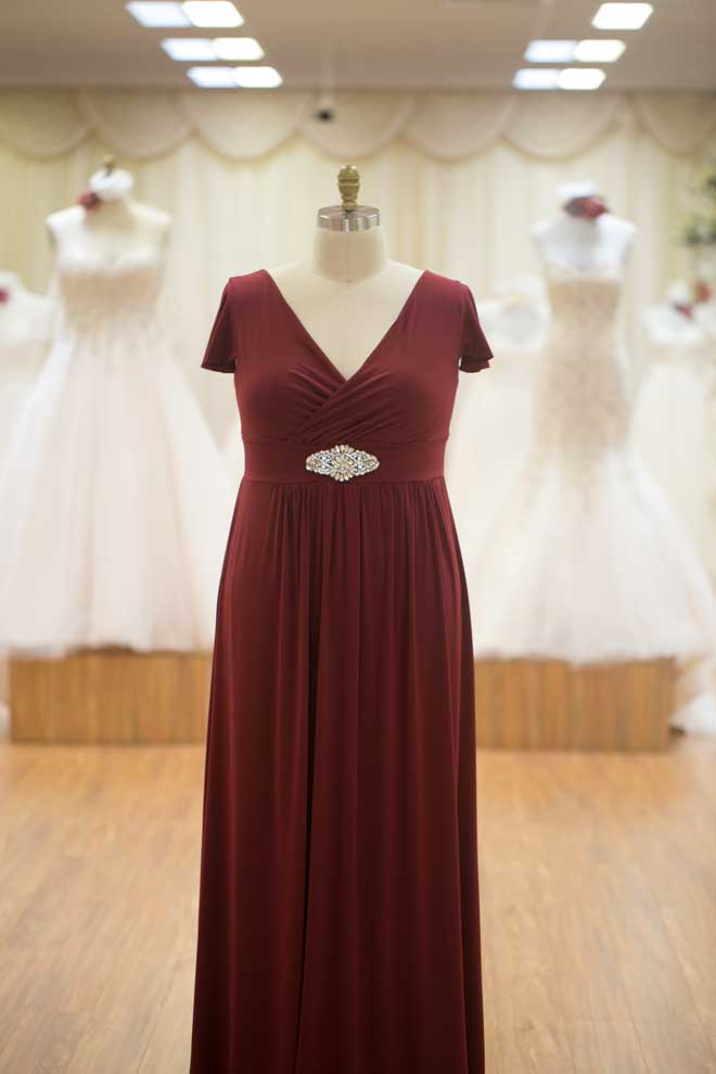 Long burgundy larger size bridesmaids dresses