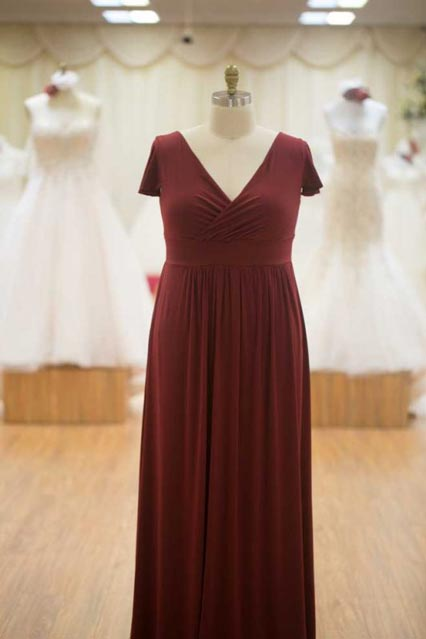 Burgundy colour bridesmaids dress larger size with sleeves
