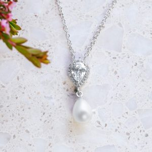 Pearl bridal neclace Mystic