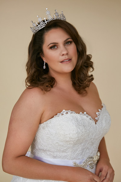 Plus size bridal jewellery